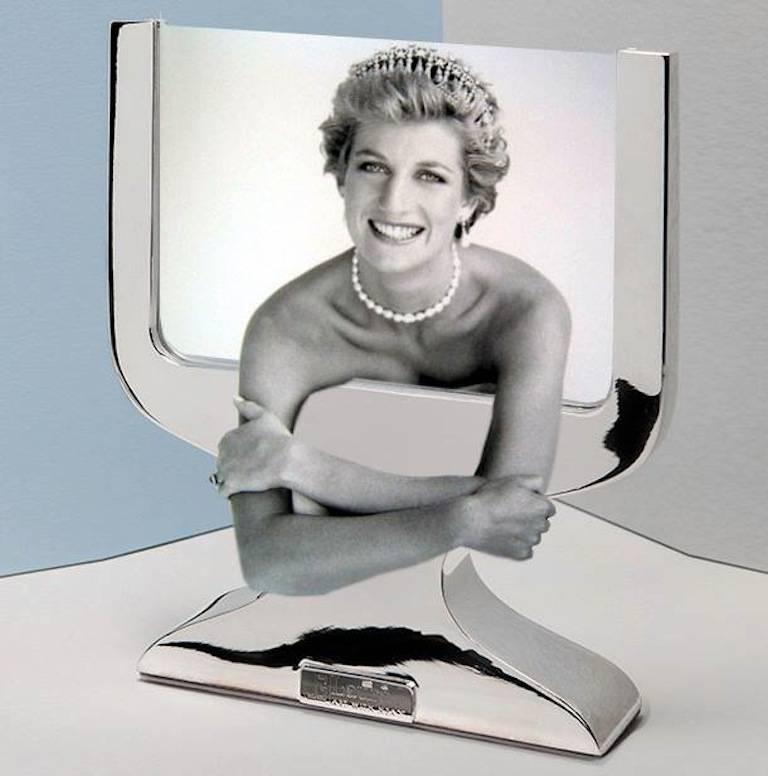 Karim Rashid Contemporary Italian Picture Frame, Equilibrium Silver For Sale 4