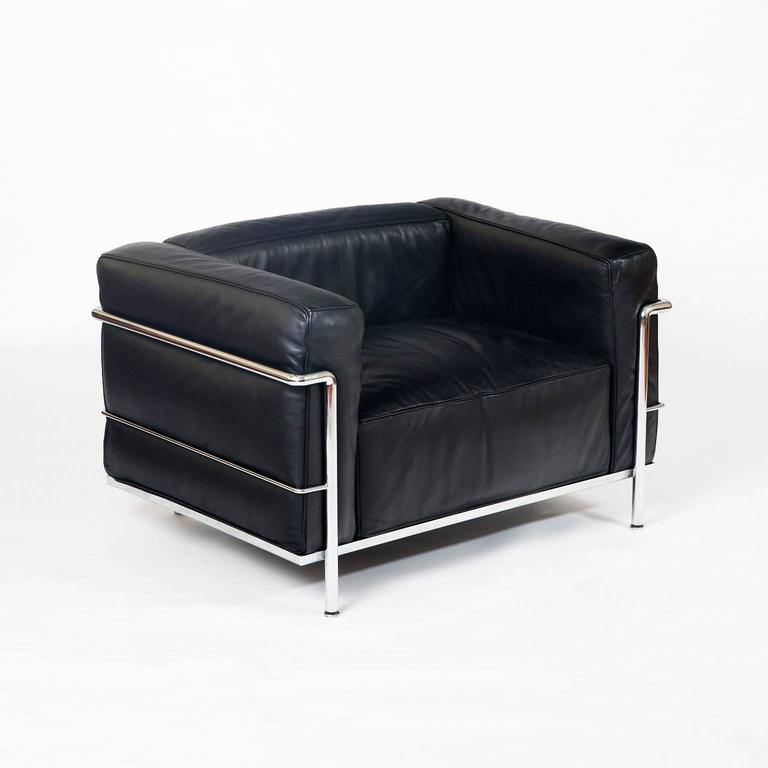 """Le Corbusier LC03 """"Le Grand fort"""" Lounge Chairs at 1stdibs"""