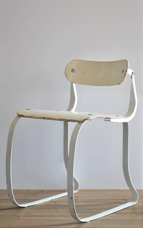 """Herman Sperlich """"Health Chair"""" for Ironrite Corporation, 1938 In Good Condition For Sale In New York, NY"""