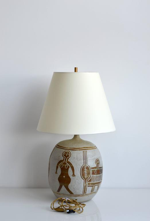 Vintage Ceramic Table Lamp, 20th Century, France In Good Condition For Sale In New York, NY
