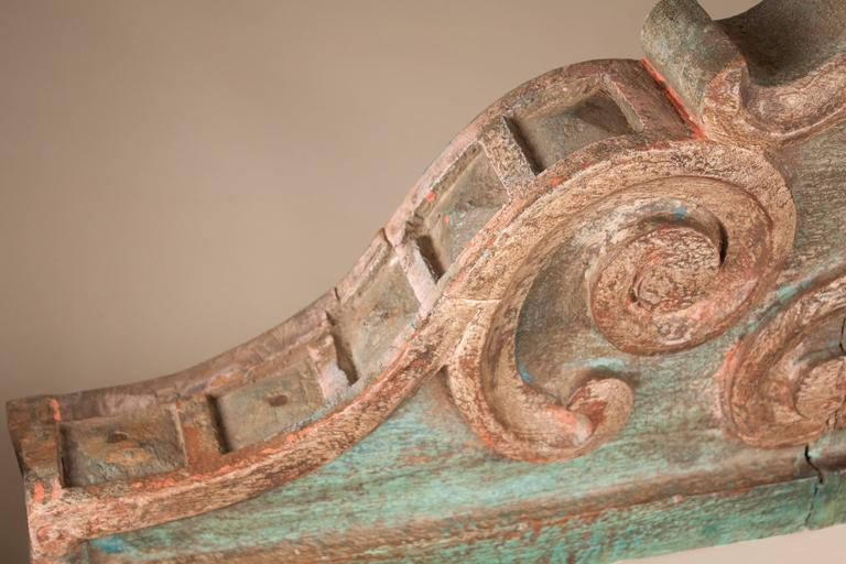 Pair of Painted Teak Wood Corbels In Good Condition For Sale In Shelburne Falls, MA