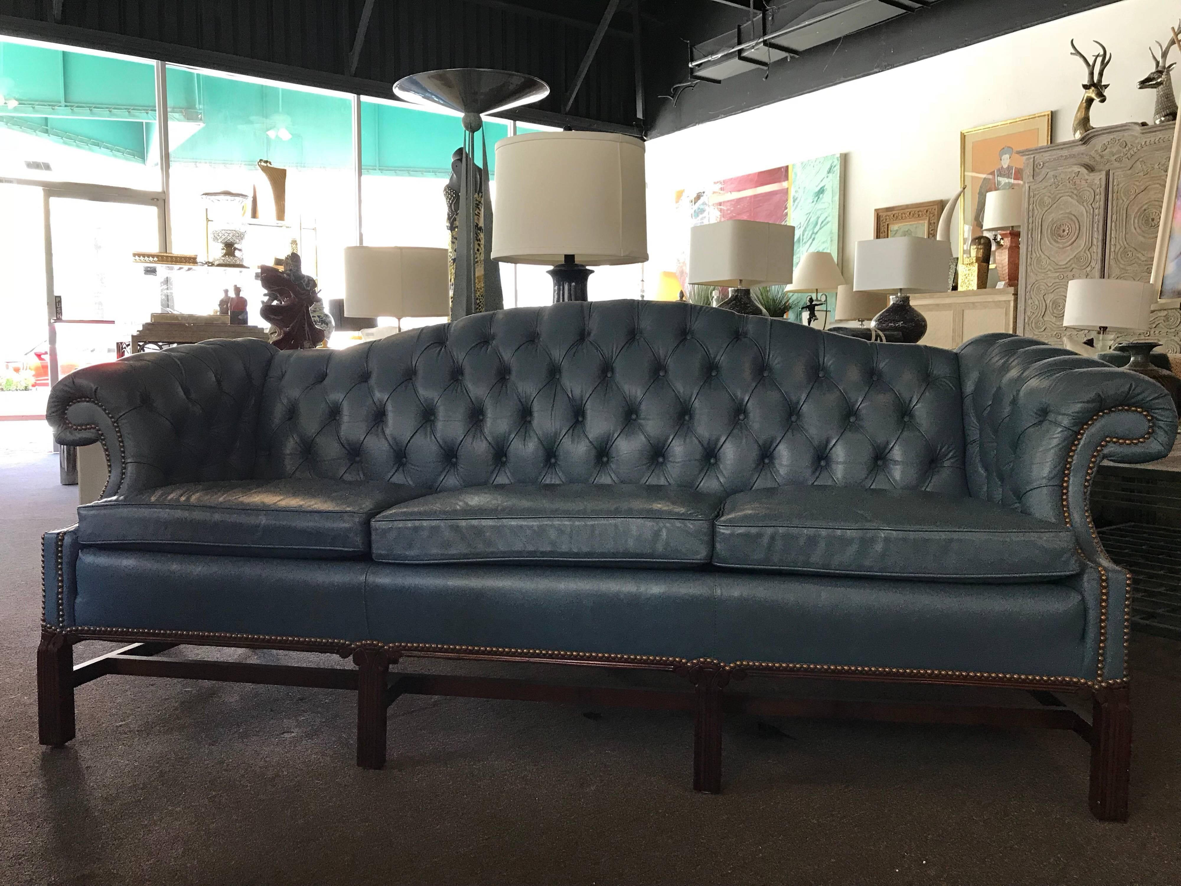 Etonnant A Gorgeous Leather Sofa Made In The USA By Leathercraft In North Carolina.  This Sofa