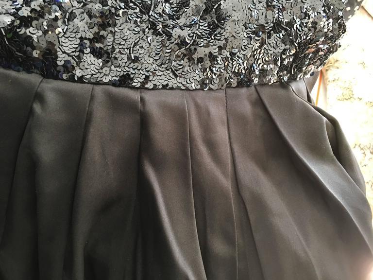 Late 20th Century Amazingly Chic Oscar De La Renta Beaded Gown for Bergdof Goodman For Sale