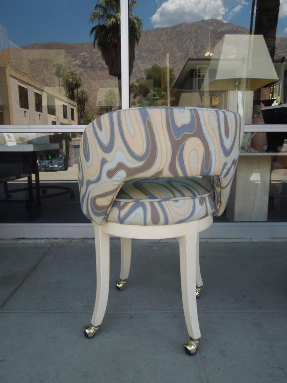 Vintage 1960s Vanity Swivel Stool In New Italian Modern