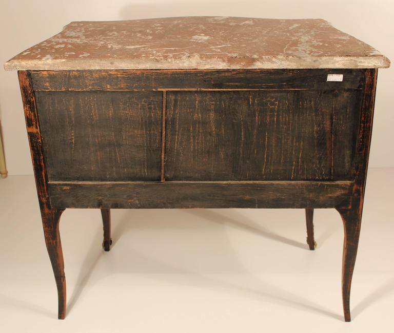 Mid-18th Century 18th Century Louis XV Commode For Sale