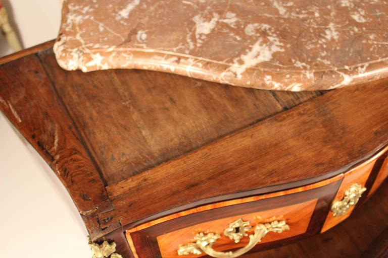 18th Century Louis XV Commode For Sale 3