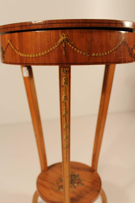 British 19th Century Sheraton Style Working Table For Sale