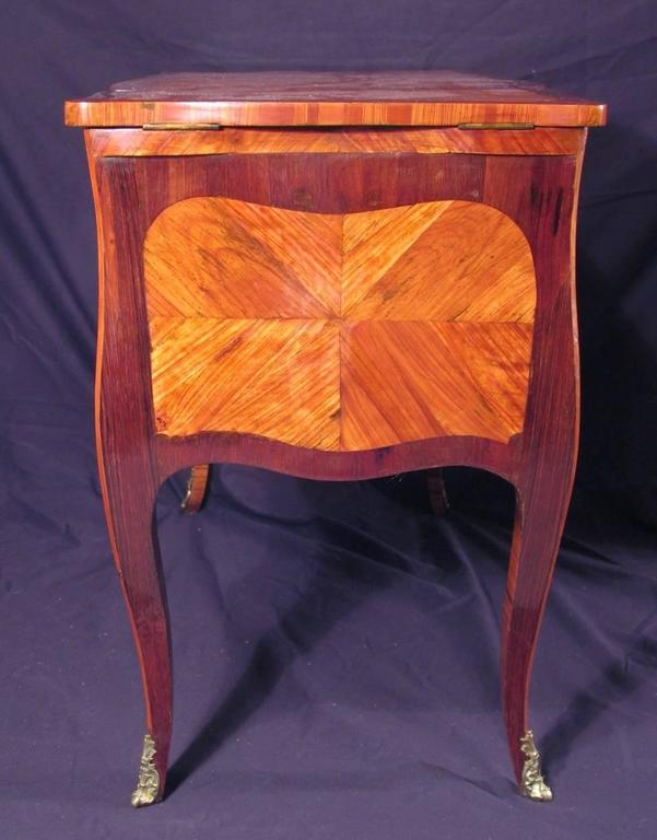 Veneer 18th Century French Dressing Table For Sale