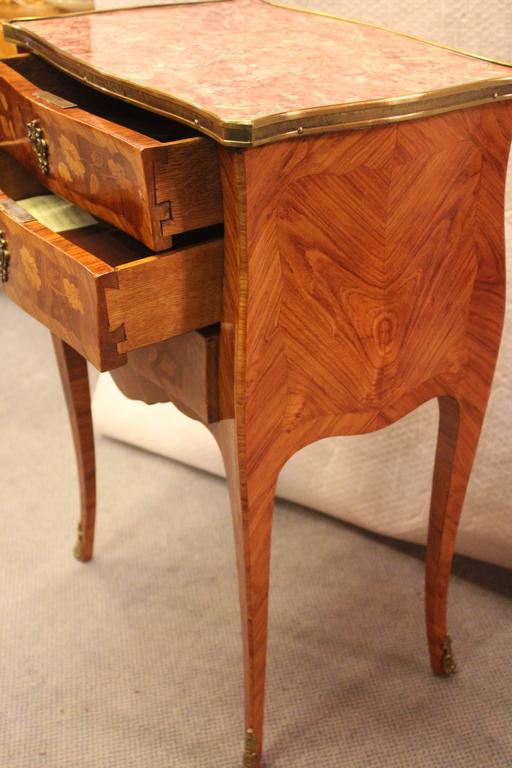 19th Century Small Commode, France In Excellent Condition For Sale In Belmont, MA