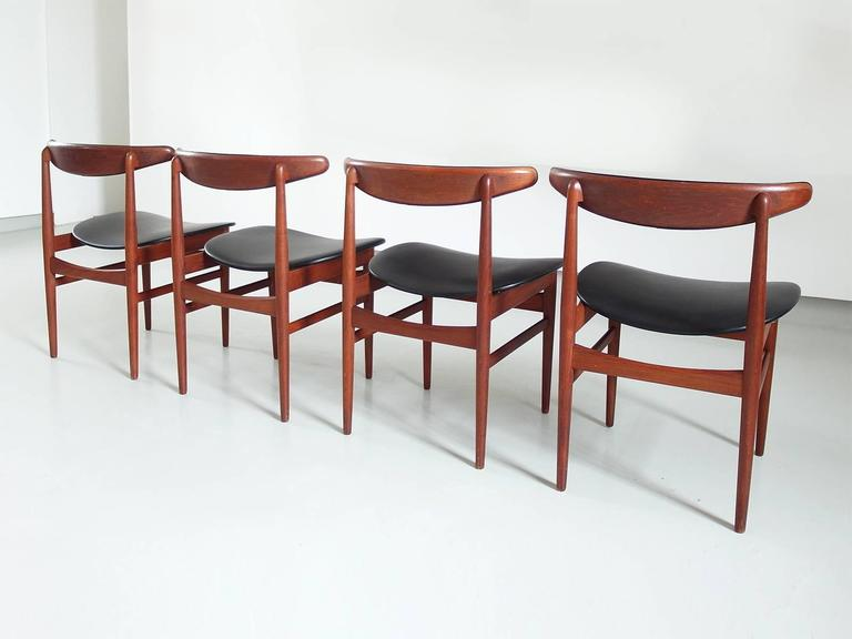 Danish Modern Dining Chair Set Attributed Poul Hundevad