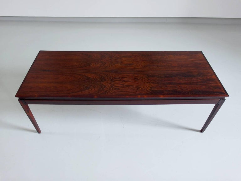extendable danish coffee table in rosewood attributed to. Black Bedroom Furniture Sets. Home Design Ideas