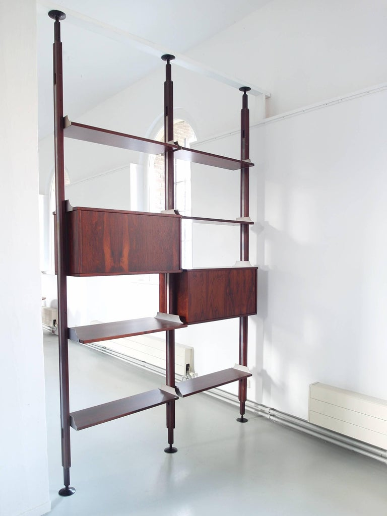 Italian Stildomus Shelving System Library Executed in Caviuna Wood, Italy, circa 1960 For Sale