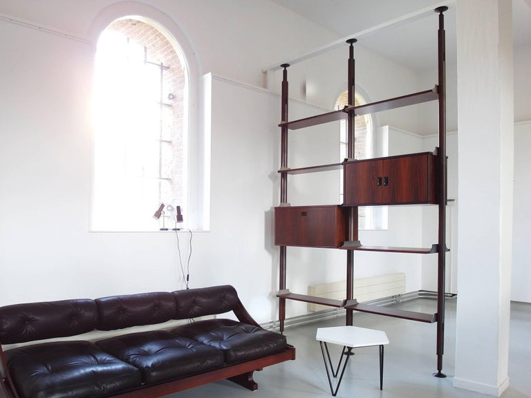 Stildomus Shelving System Library Executed in Caviuna Wood, Italy, circa 1960 For Sale 5