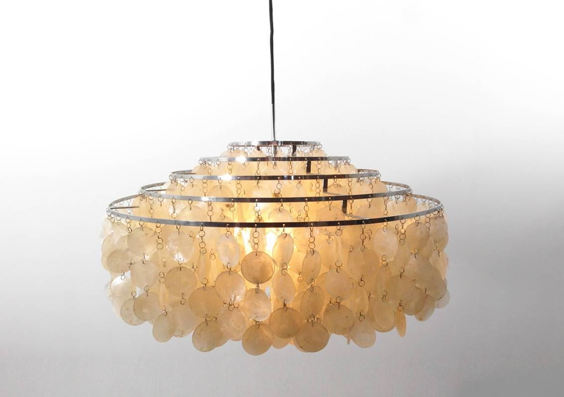 verner panton fun 11 dm capiz shell chandelier for sale at 1stdibs. Black Bedroom Furniture Sets. Home Design Ideas