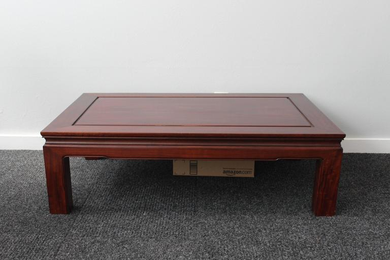 Hand-Crafted Mid-Century Chinese Rosewood Coffee Table For Sale
