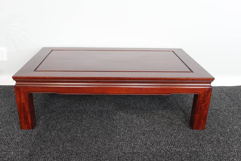 Mid-Century Chinese Rosewood Coffee Table In Good Condition For Sale In Dallas, TX