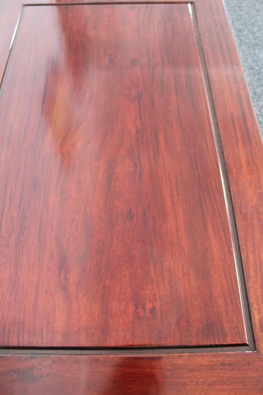 Mid-Century Chinese Rosewood Coffee Table For Sale 3