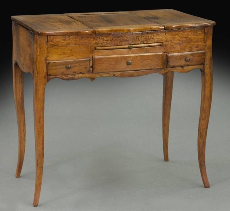 French 18th Century Fruitwood Ladies Dressing Bedroom Table At 1stdibs