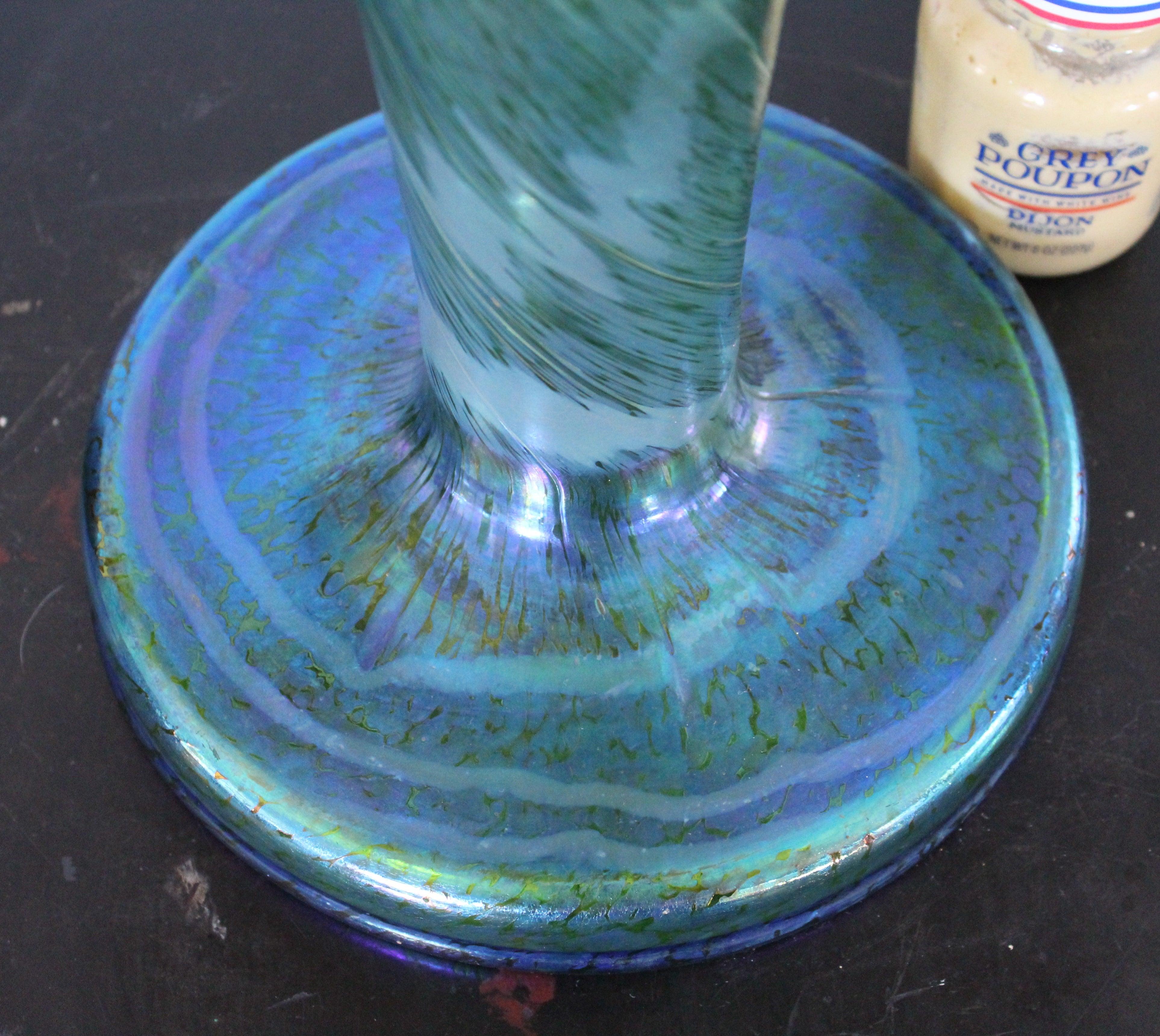 Monumental Austrian Fritz Heckert Changeant Trumpet Vase, circa 1900 ...
