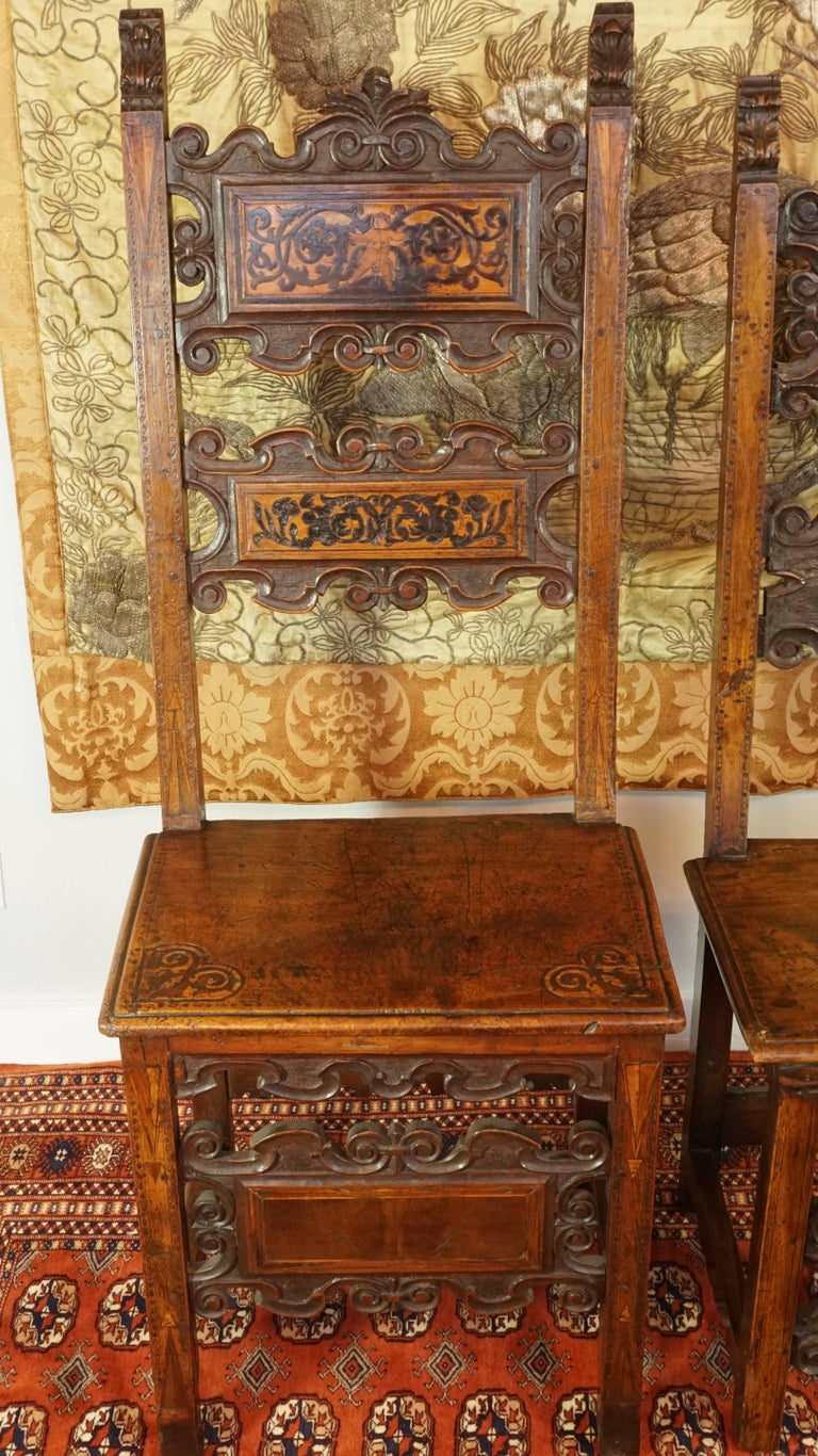 17th Century Pair of Lombardian Italian Swiss Carved Chairs In Good Condition For Sale In Dallas, TX