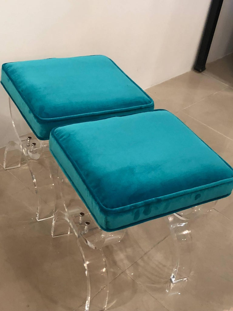 Vintage Pair of Lucite X-Benches Stools Blue Velvet Upholstery For Sale 7