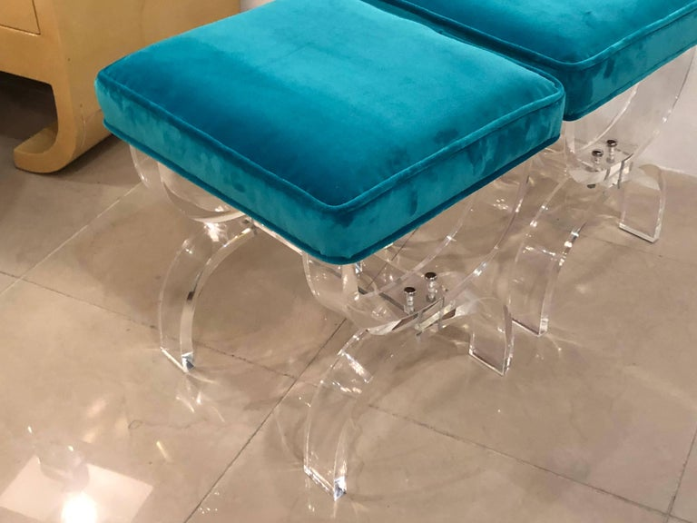Vintage Pair of Lucite X-Benches Stools Blue Velvet Upholstery For Sale 6