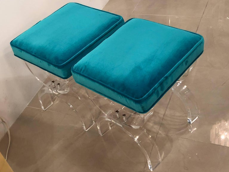 Vintage Pair of Lucite X-Benches Stools Blue Velvet Upholstery For Sale 8