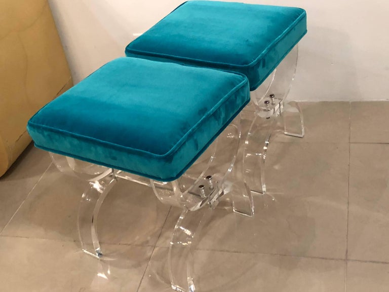 Vintage Pair of Lucite X-Benches Stools Blue Velvet Upholstery For Sale 3