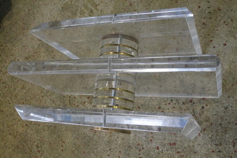 Vintage Lucite and Brass Bolt Coffee or Cocktail Table For Sale 1