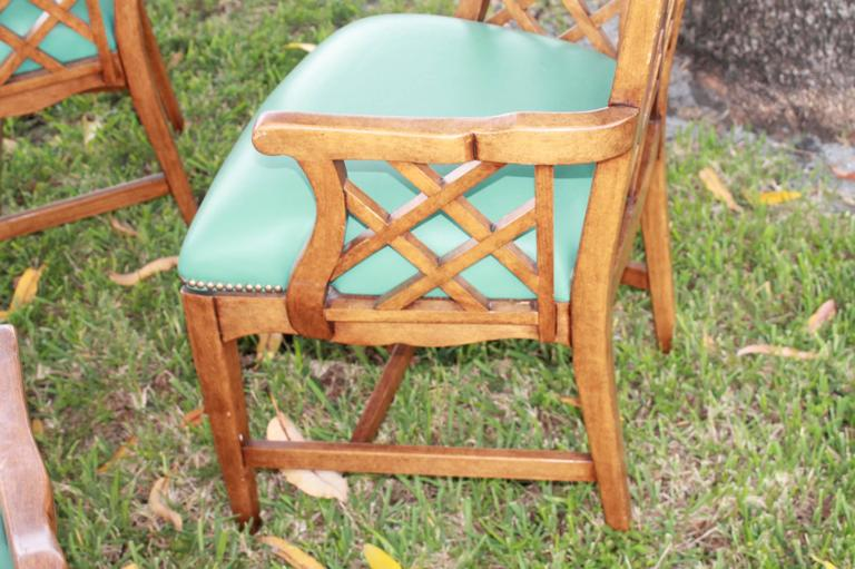 Set of Four Chinese Chippendale Vintage Wooden Fretwork Dining Arm Chairs  In Excellent Condition For Sale In West Palm Beach, FL