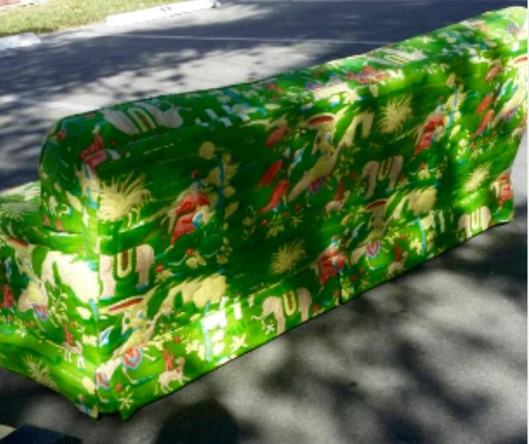 Bob Collins Linen Sofa Couch Chinoiserie Elephant Palm Beach Green Pagoda In Good Condition In West Palm Beach, FL