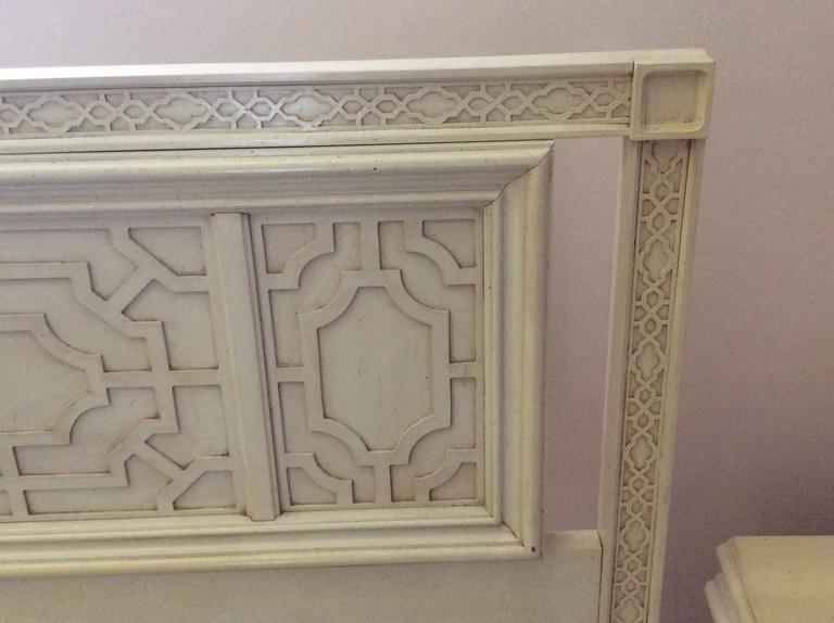 Amazing vintage Hollywood Palm Beach Regency,  Thomasville king-size fretwork Fret work headboard bed. This would look absolutely incredible with a fresh coat of lacquer! Email me if you would like a quote for lacquering on this piece. Original