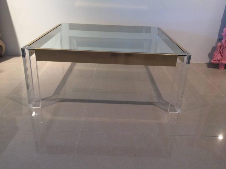 Lucite and Brass Coffee Cocktail Table Vintage Charles Hollis Jones Style Glass For Sale 4