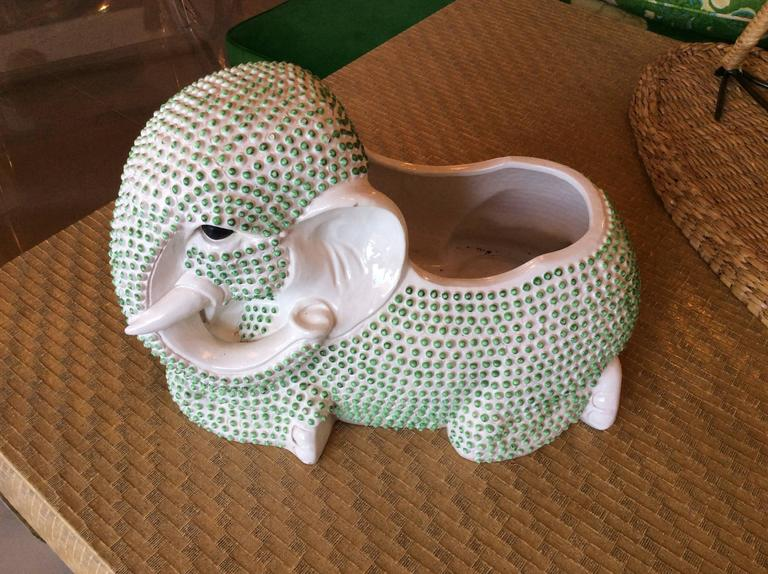 Such a cute vintage 1970s ceramic elephant planter with the best green hobnail! Perfect palm beach, Hollywood Regency piece!