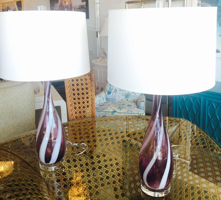 Pair Amethyst Purple Murano Vintage Glass Italian Table Lamps Lucite Chrome For Sale 3