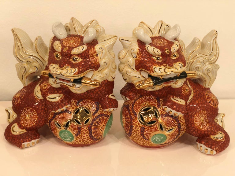 Pair of Foo Dogs Made in Japan Chinoiserie Vintage For Sale 1