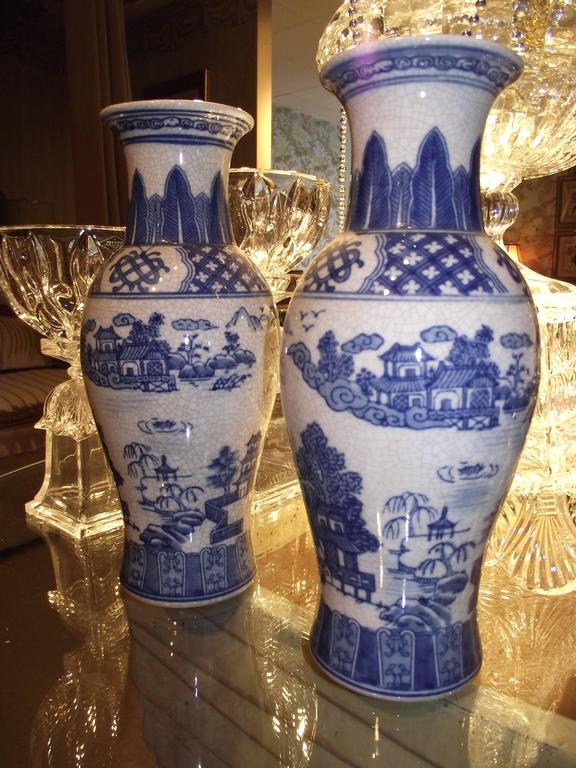 Chinese Blue And White Vases Antiqued Reproduction W Traditional
