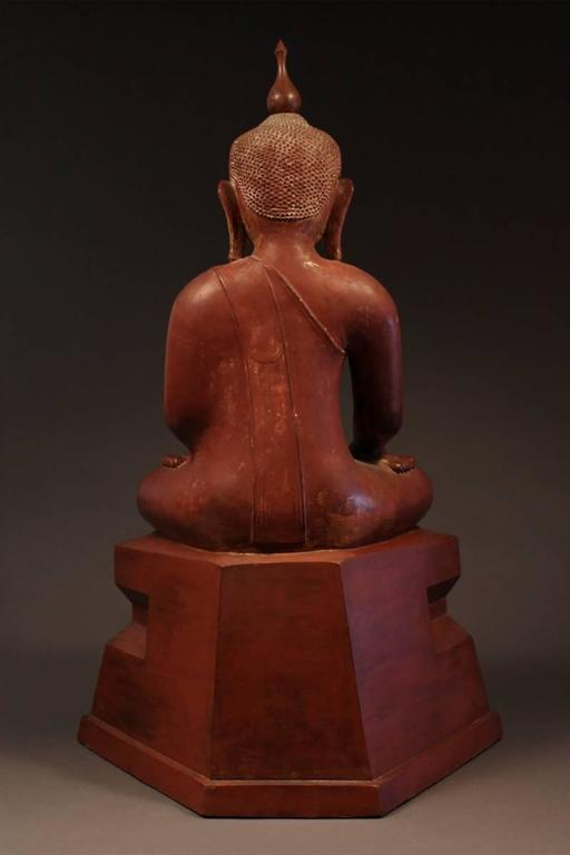 19th Century Carved Wood Seated Buddha, Burma (Myanmar) In Good Condition For Sale In San Franciso, CA