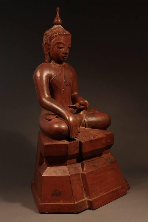 Tribal 19th Century Carved Wood Seated Buddha, Burma (Myanmar) For Sale