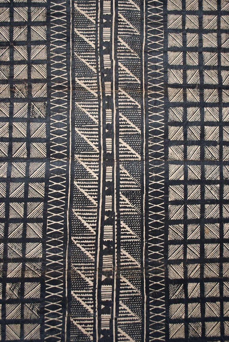 Tapa cloth made from mulberry fiber with natural pigments, Fiji, mid-20th century.
