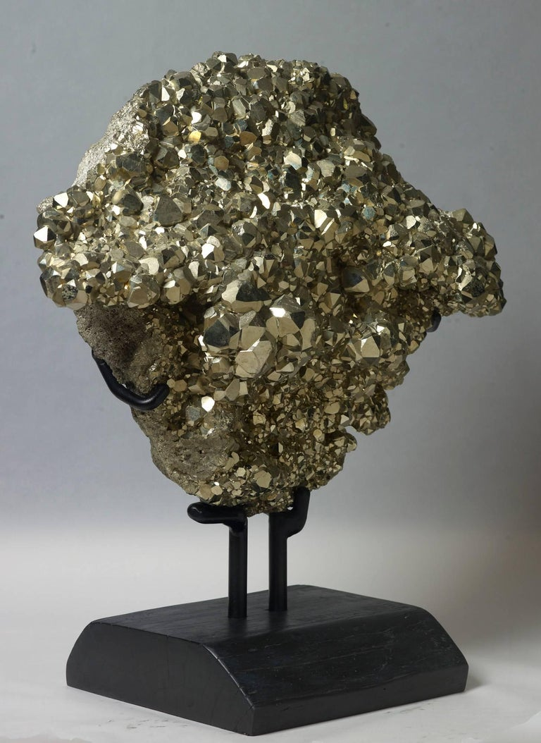 Dodecahedral Pyrite In Excellent Condition For Sale In Ostend, BE