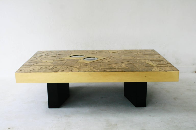 Belgali Coffee Table, Patinated Acid Etched Brass and High End Agate Slice For Sale 1