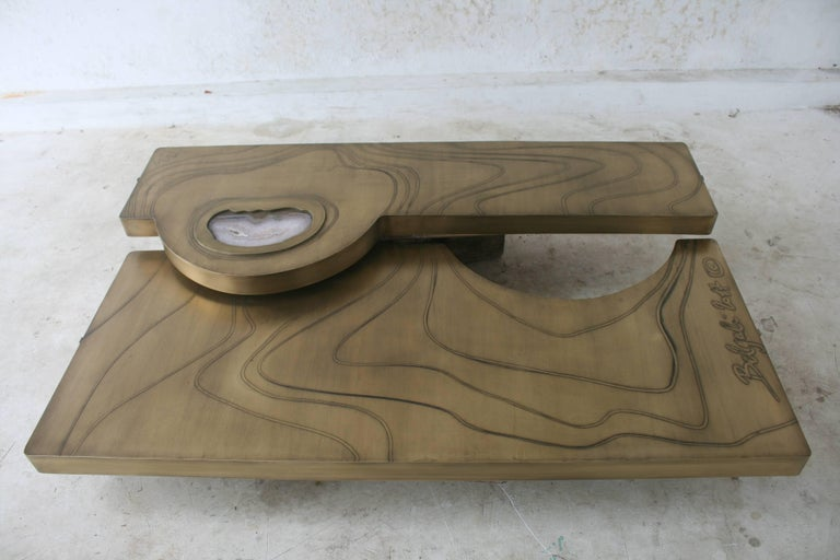 Mid-Century Modern Coffee Table, Patinated Acid Etched Brass and Agate Slice Organic For Sale