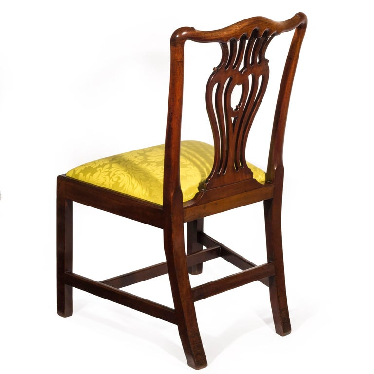 Set of Six English 18th Century George III Chippendale Mahogany Dining Chairs For Sale 2