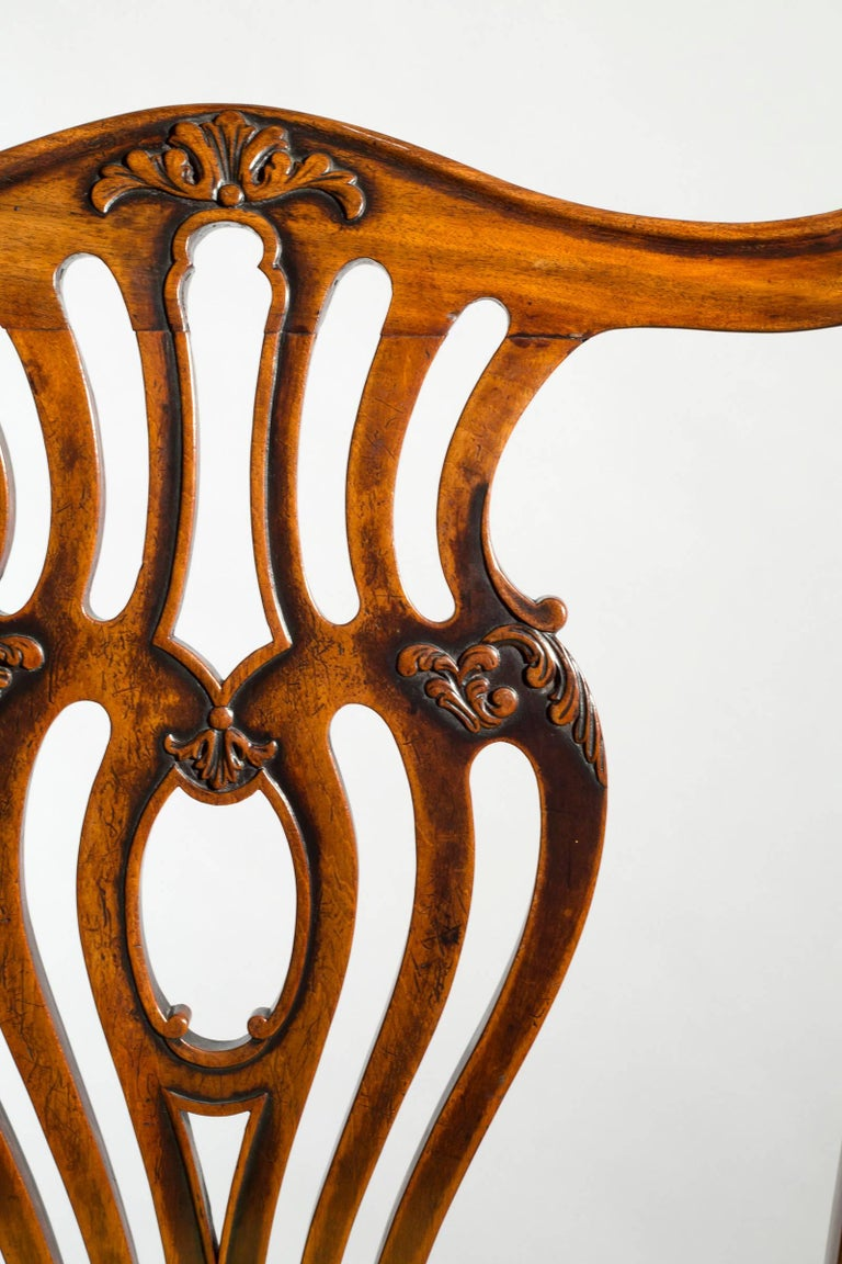 Set of Six English 18th Century George III Chippendale Mahogany Dining Chairs For Sale 4