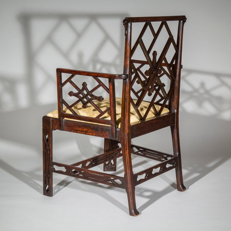18th Century Chinese Chippendale Cockpen Armchair Desk Chair For Sale 1