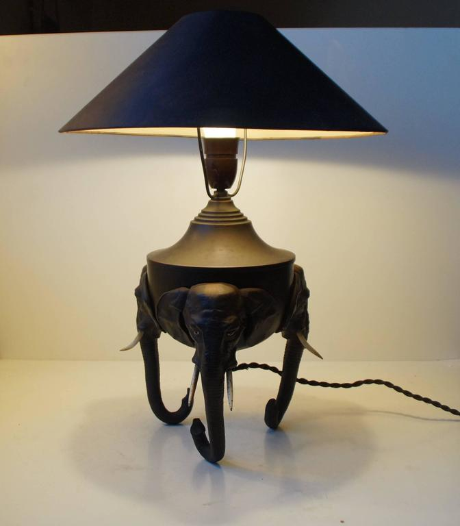 Very Rare German Metal Table Lamp with Black Elephant Tri-Stand Base, circa 1920 In Good Condition For Sale In Esbjerg, DK