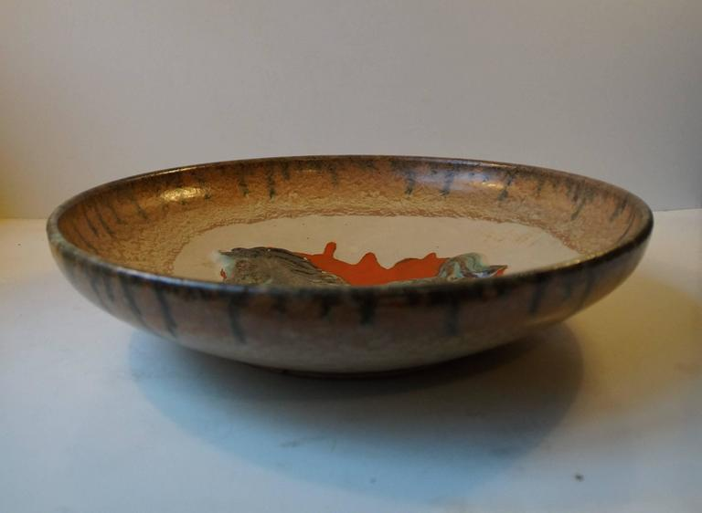 Unusual Mid-Century Stoneware Centrepiece 'Horse' Bowl by John Anderson Hoganas In Excellent Condition For Sale In Esbjerg, DK