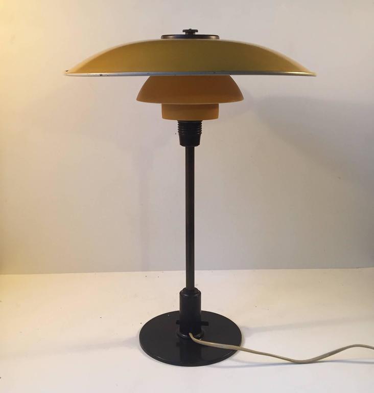 1930s PH 3,5/2 Table Lamp by Poul Henningsen for Louis Poulsen Denmark For Sale 1