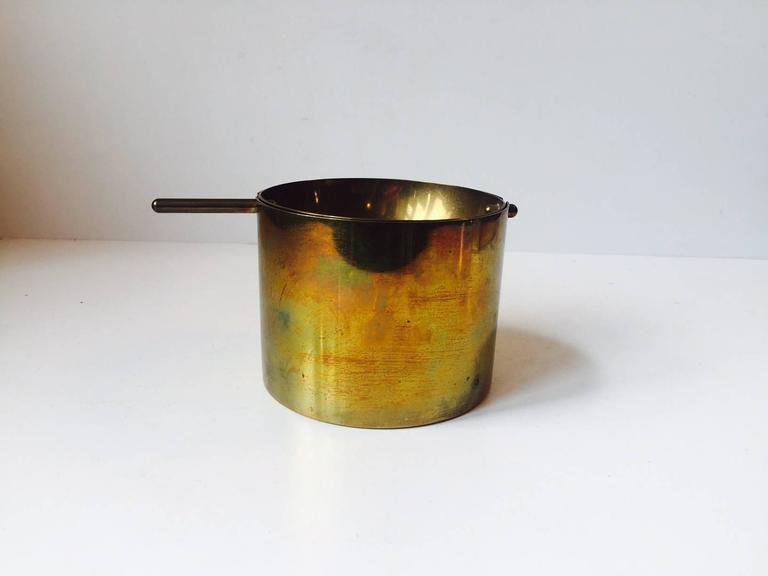 Mid-20th Century Rare Large Cylinda-Line Brass Cigar Ashtray by Arne Jacobsen for Stelton, 1960s For Sale